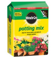 Miracle Gro Potting Compost - 8 litre