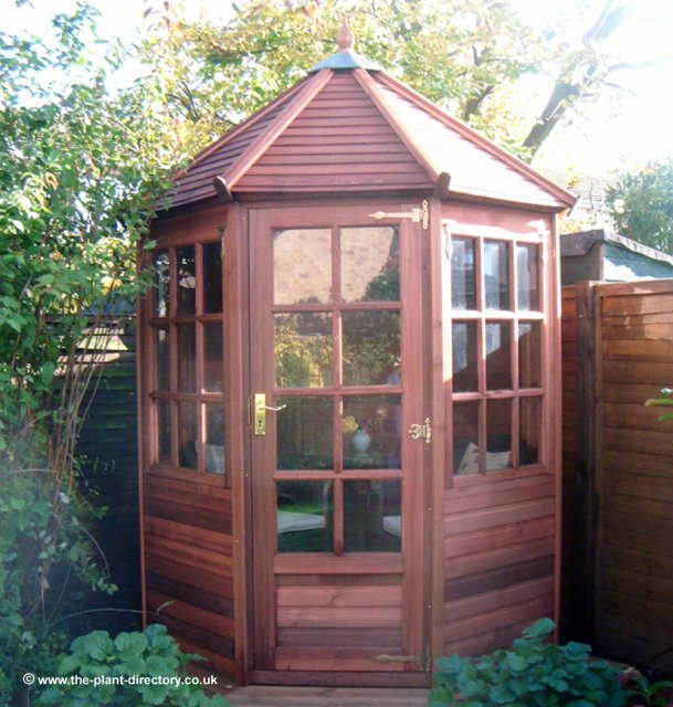 Octagonal Cedar Georgian Summerhouse 6' x 6' inc Vat & Delivery - Click Image to Close