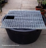 112cm Round Reservoir with Square Galvanised Grid