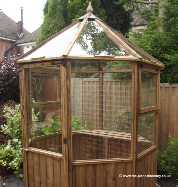 Octagonal Timber Greenhouse 8ft x 6ft including Free Delivery - Click Image to Close