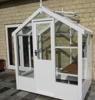 Painted Timber Greenhouse 4'3 x 6'8 Lily White
