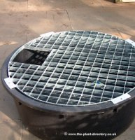 90cm Round Reservoir with Professional Water Feature Grid